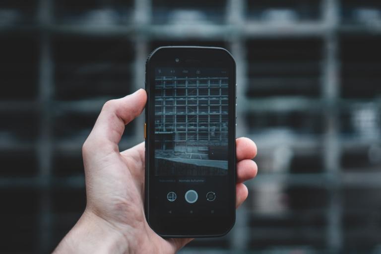 Naar een digitaliseringomgeving voor niet-digitale beroepen